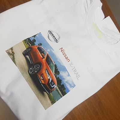 Печать на белой футболке в Москве | Studio-Sharp.ru