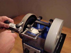 В нашем центре осуществляется высококачественная и профессиональная заточка кусачек для ногтей